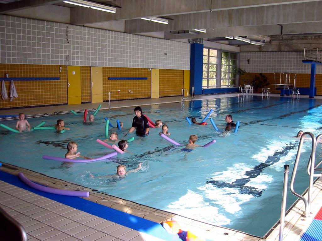 Schwimmbad Emstek hallenbad garrel1 jpg